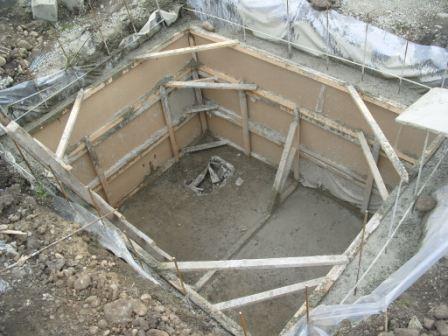 Бетонный погреб кессон - заливка бетонного погреба кессона