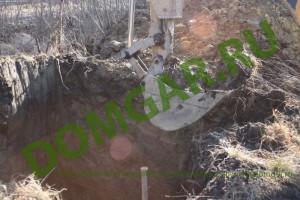 Рытье котлована для погреба металлического