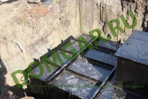 Установка кессона металлического на дачном участке